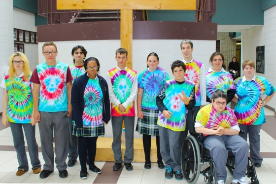 The whole group decked out in tie die!